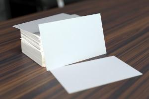 Eine anonyme Mitarbeiterbefragung kann eine gute Lösung für die Einhaltung des Datenschutzes sein.
