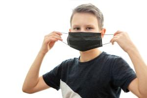 Wem müssen Sie ein Attest über die Befreiung von der Maskenpflicht vorlegen?