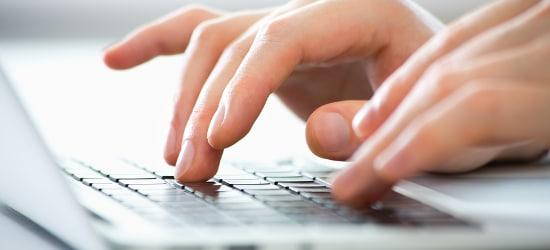 Der Datenschutz spielt auf Arbeit sowohl für Arbeitgeber als auch -nehmer eine wichtige Rolle.