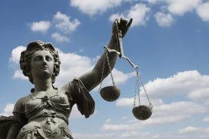 Der Datenschutz kommt im Grundgesetz nicht explizit vor.
