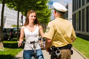 Betroffene haben gemäß Datenschutz gegenüber der Polizei Anspruch auf Auskunft - beschränkt.