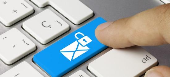 Auf Basis des De-Mail-Gesetz soll der sichere Schriftverkehr mit Behörden möglich sein.