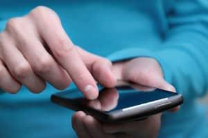 Digitale Patientenakte: Mithilfe einer App können Versicherte ihre Gesundheitsdaten hochladen.