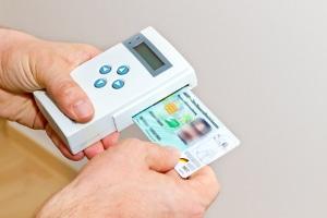 PIN für die elektronische Gesundheitskarte ungültig: Ohne PIN kommt der Arzt in der Regel nicht an die Daten.