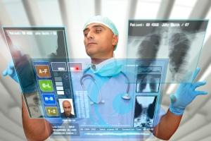 Die elektronische Patientenakte wird 2021 mithilfe eines Drei-Phasen-Modells schrittweise eingeführt.