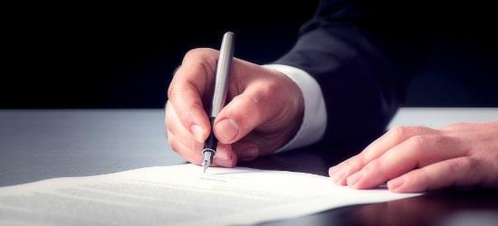 Externer Datenschutzbeauftragter: Ein Vertrag ist neben der Benennung erforderlich.