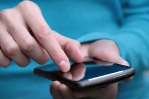 Standortdaten vom Handy können dazu genutzt werden, Nutzerprofile zu erstellen und gezielt Werbung zu schalten.