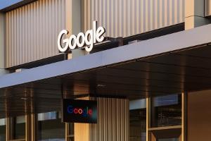 Nutzen Sie Google Analytics zum Webtracking, ist beim Datenschutz einiges zu beachten.
